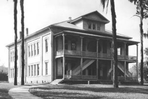 Dade City High School completed in 1913